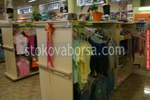 стелажи за магазини за детски дрехи